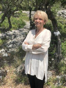 Mirta Lozancic, Authorized Aromatherapist