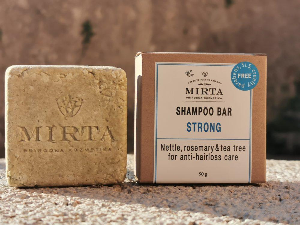 tvrdi šampon protiv opadanja i za jačanje kose s koprivom, ružmarinom i čajevcem