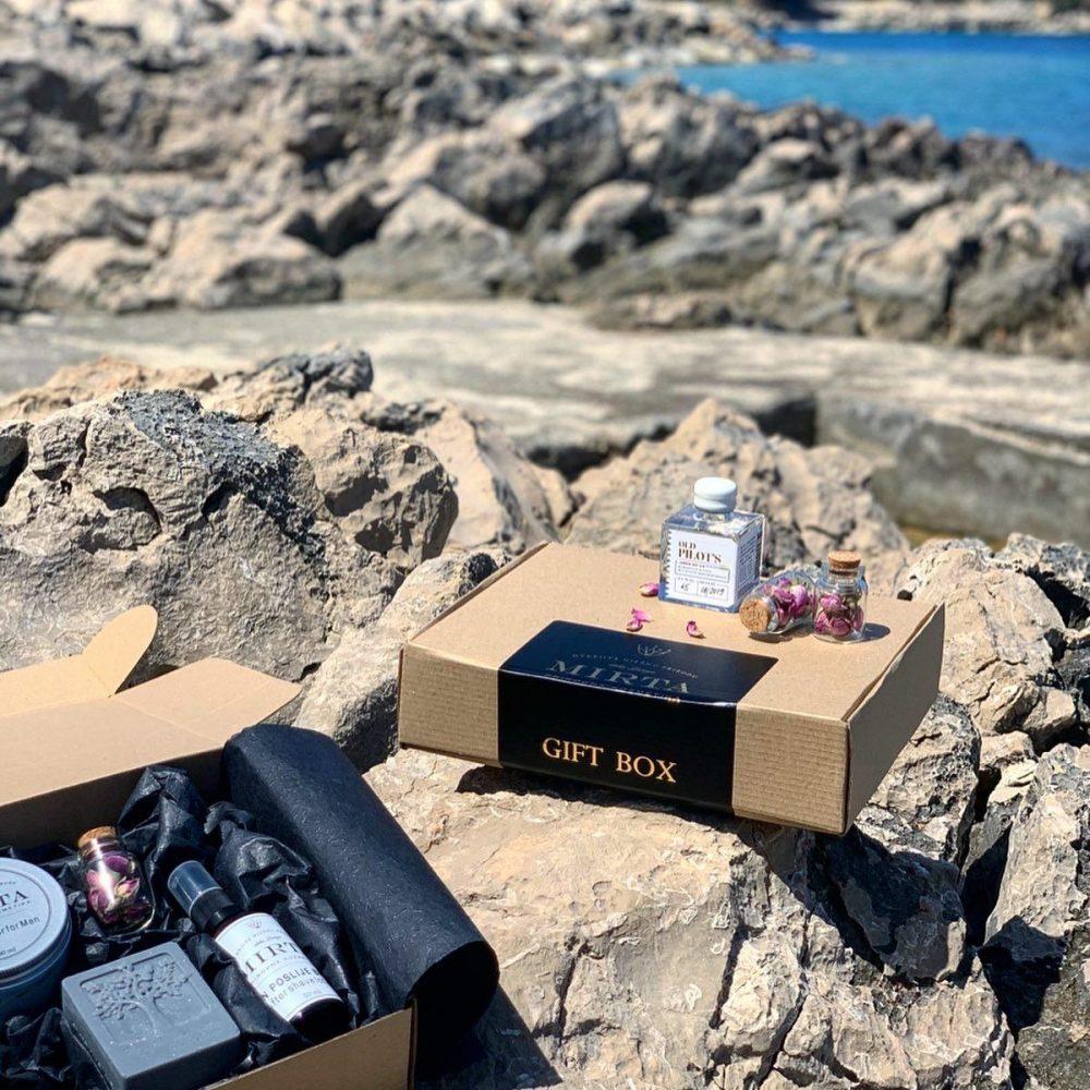 poklon-kutija muške kozmetike